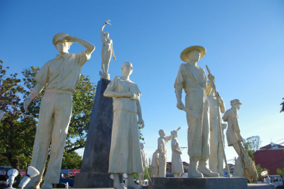Ilocos Norte Migrants Monument